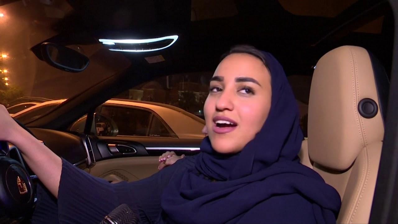 نساء سعوديات يقدن السيارات لاول مرة في تاريخ المملكة (رويترز)