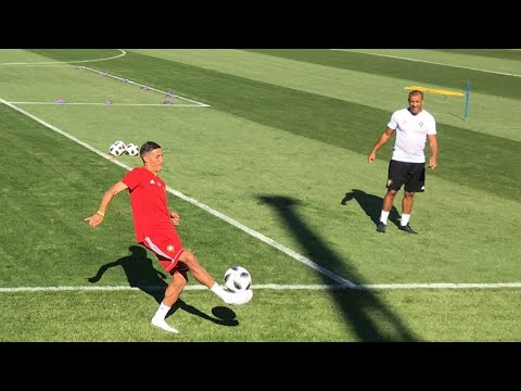 اللاعب فيصل فجر المغربي: نتطلع لمواجهة البرتغال بفارغ الصبر  - نشر قبل 2 ساعة