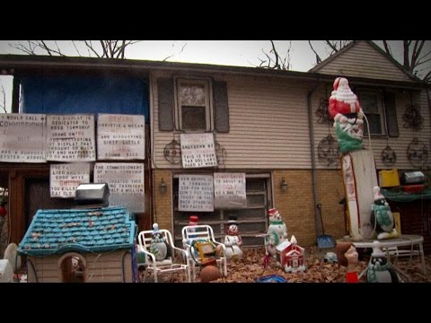 Homeowners Feel Trapped by Neighbor's Hostile Holiday Display