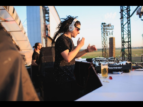 Skrillex  Live Full Set  Alfa Future People Festival Russia,  2014 FullHD 1080p