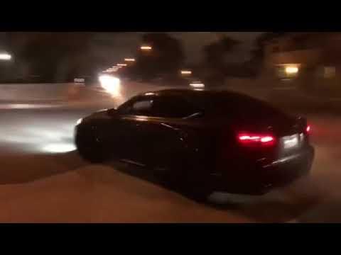 Lexus ISF 5.0 drifting/donuts