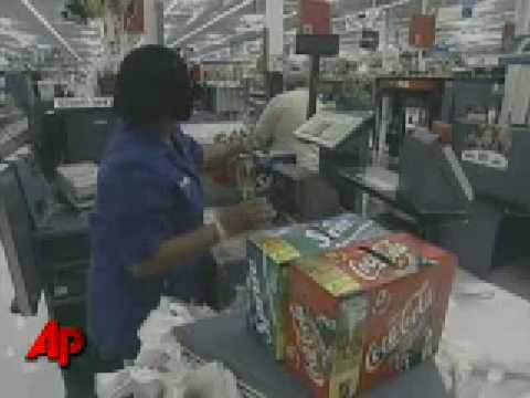 Money Minute: Live Nation, Wal-Mart, Stamps