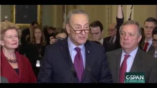 Schumer Shushes Tourists Visiting Capitol Whi...