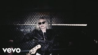 Watch Time Blondie video