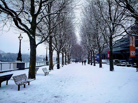 اغلاق مئات المدارس في بريطانيا بسبب تساقط كثيف للثلوج