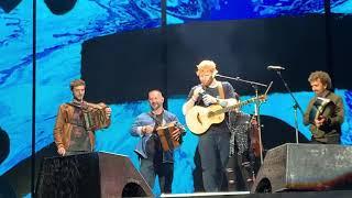 Galway Girl - Ed Sheeran ft. Beoga - Leeds 16/08/19