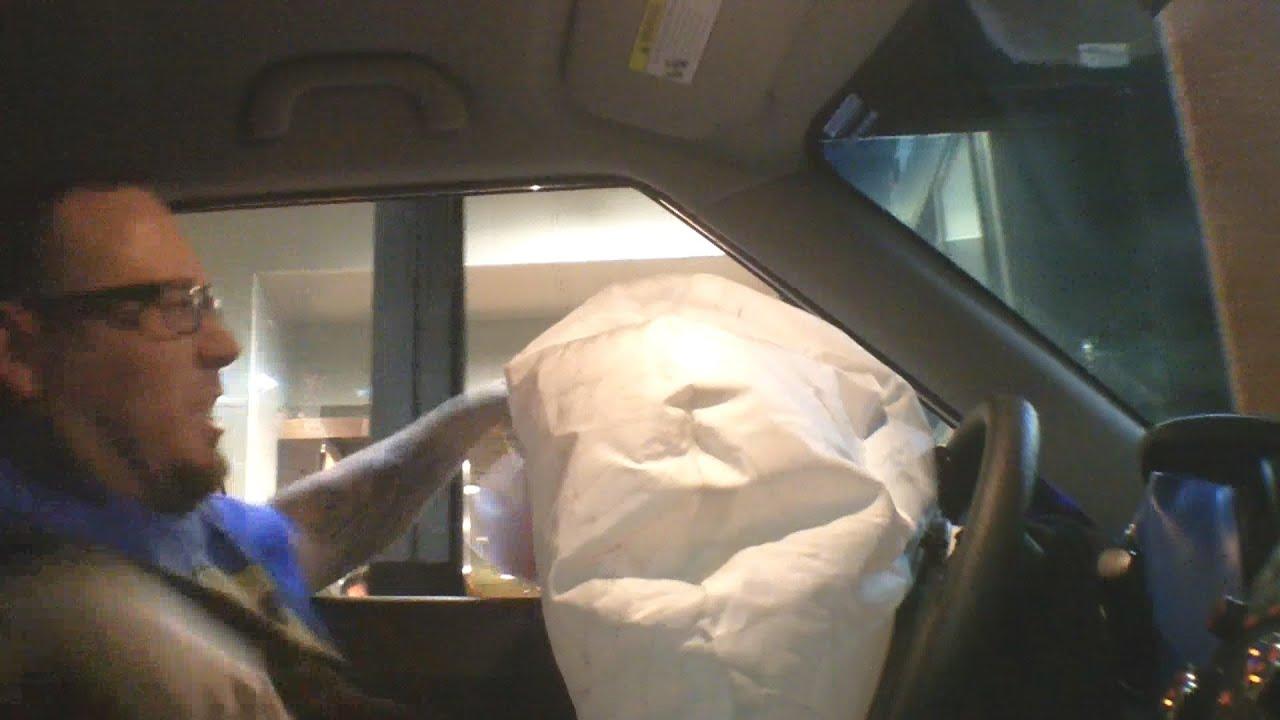how to make a realistic car airbag deployment doovi. Black Bedroom Furniture Sets. Home Design Ideas