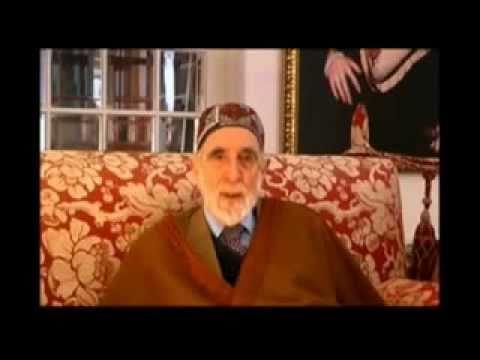 Shaykh Dr.  Abdalqadir as-Sufi - Launch of gold Dinar and silver Dirham in Kelantan