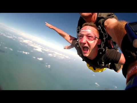 Steven Saunders Skydive Mission Beach February 2016