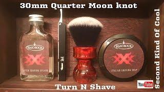 TURN N SHAVE 30mm Quarter Moon Shaving Brush