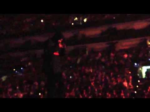 Kendrick Lamar- Sing About Me live in Boston (Yeezus Tour)