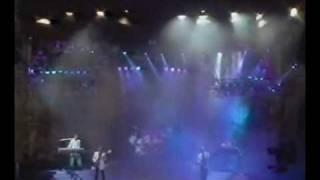 Che Vuoi Che Sia (Live 1990)   Pooh.wmv