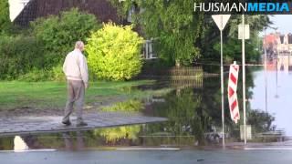 Wateroverlast en waterpret in Winschoten door hevige regenval - 28 juni 2014