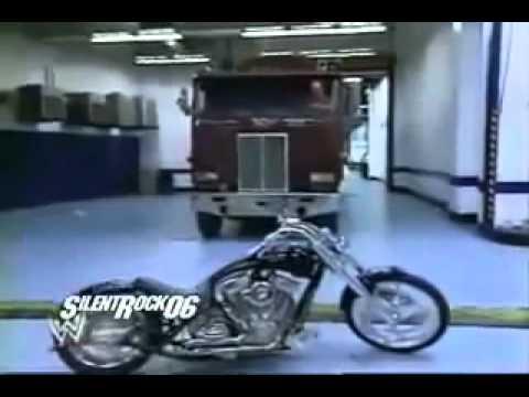 The Undertaker Biker Era - Hulk Hogan Destroys The Undertaker's motorcycle......