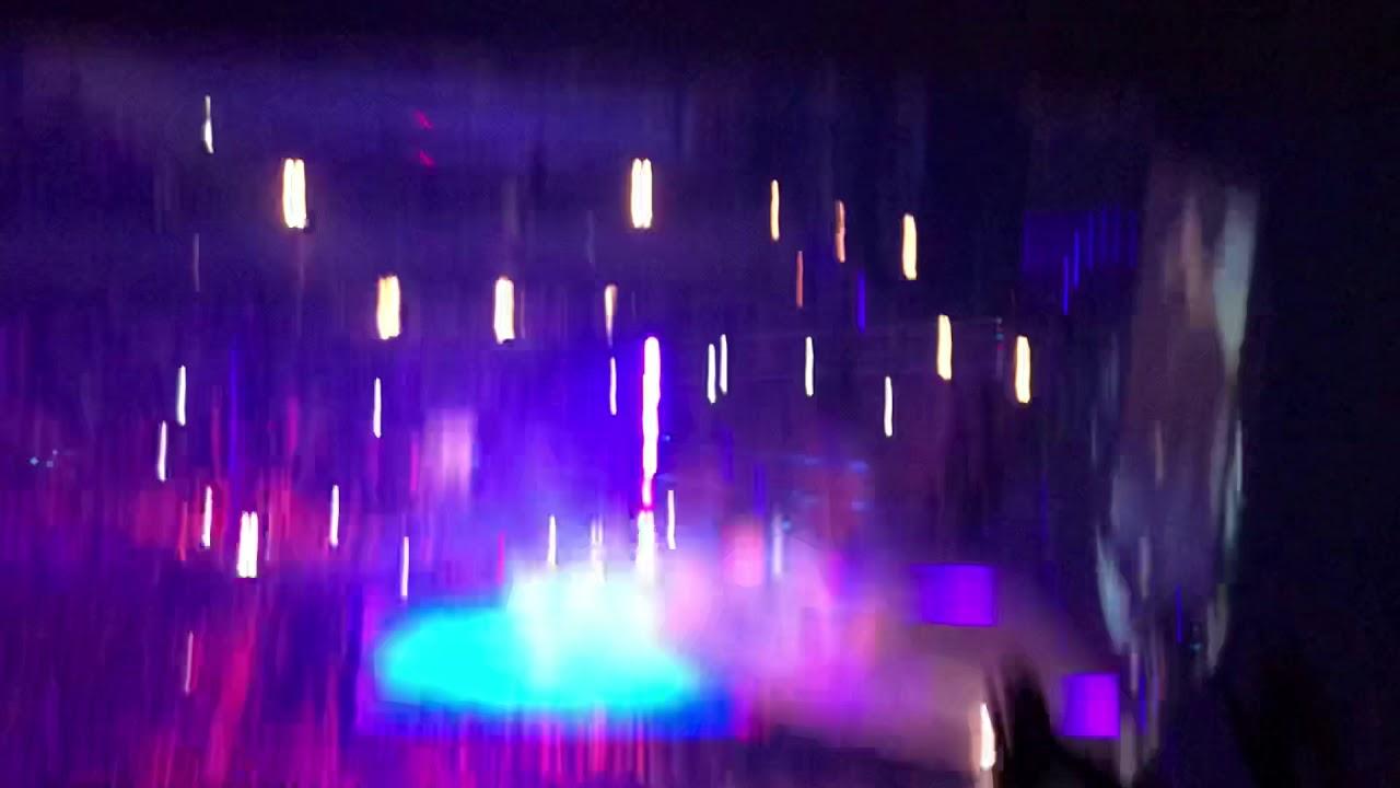 d1bda7d130f4 Travis Scott Performing Antidote (part 2) Astroworld Tour 11/27/18 MSG