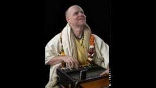 Aindra Prabhu - Hare Krishna Kirtan (Vrindavan Mellows Vol. 1)