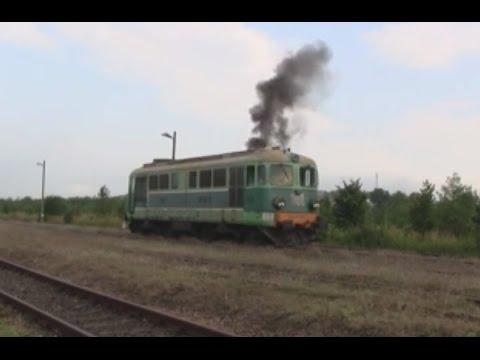 Odpalanie ST43-71 i przejazd SA135-011, czyli poranny ''szczyt'' na stacji w Jedliczu