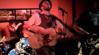 Kingsley Flood perform