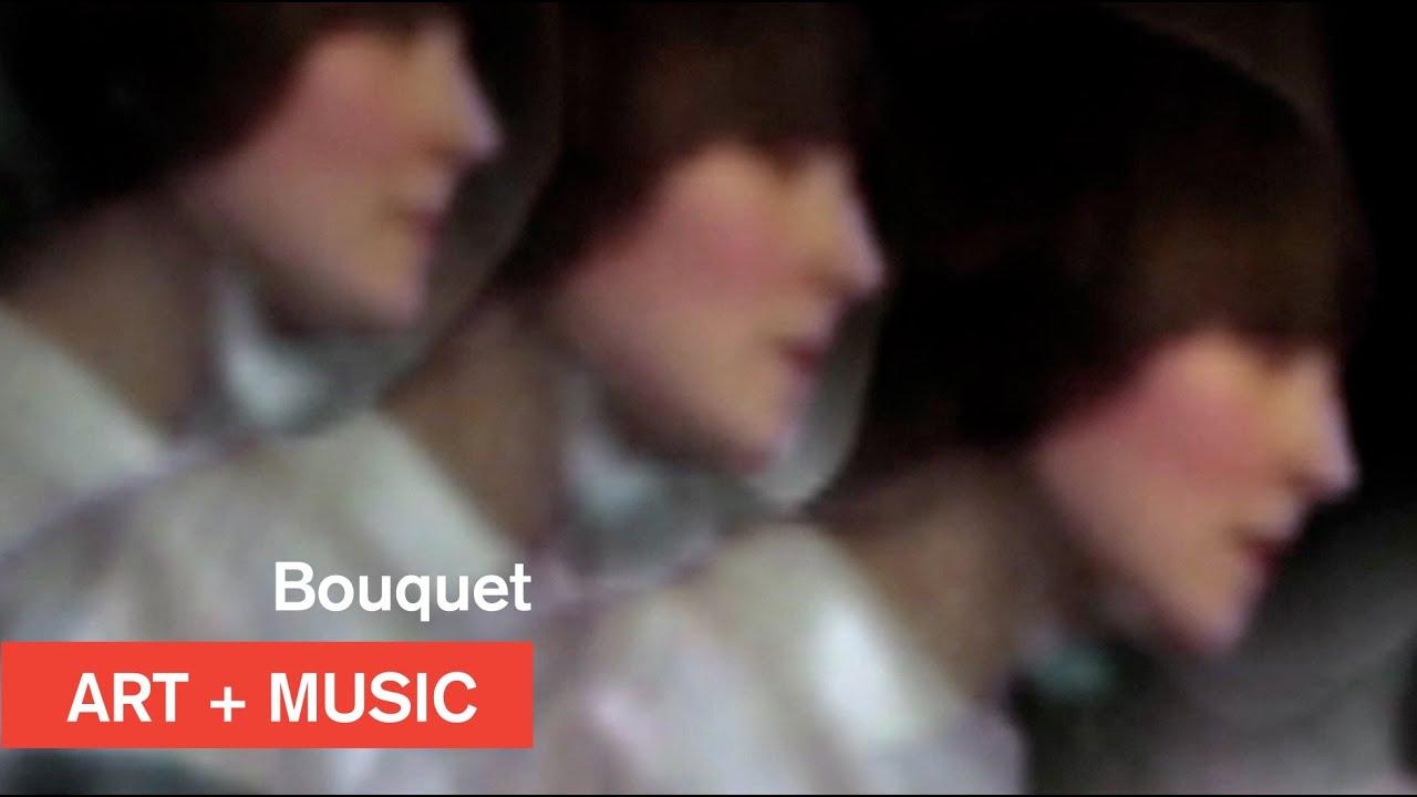 bouquet-falling-art-music-mocatv-moca