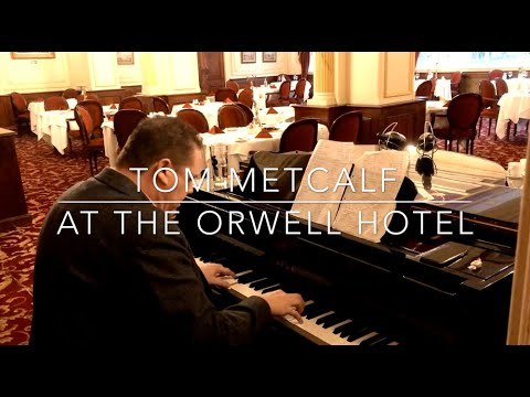 Tom Metcalf covers Alicia Keys - at The Orwell Hotel, Felixstowe