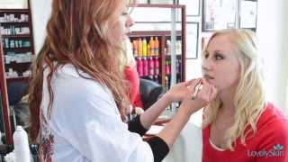 5 Minute Makeover: Burgundy Lipstick Thumbnail