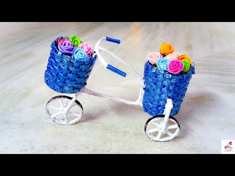 How To Make Newspaper Cycle Decorative Piece | DIY Newspaper Cycle Pen Stand | DIY CraftsLane