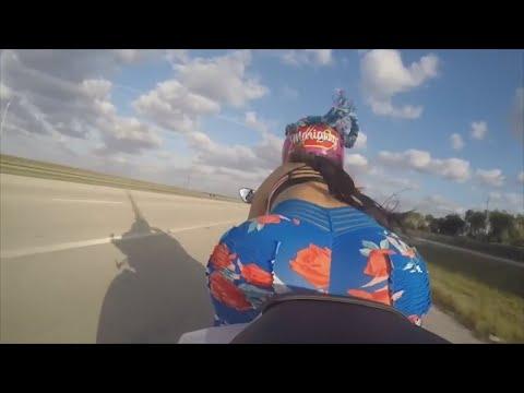 hot-biker-girls-🔥-driving-like-a-boss