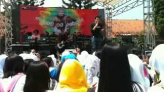 "Amee - Ketika Cinta Bertasbih ""KCB"" live"