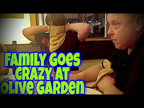 VIOLETTE1ST FAMILY GOES CRAZY IN OLIVE GARDEN!!!