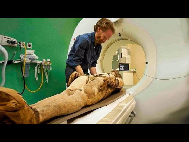 هذا الطبيب الفرنسي قام بتشريح جثة فرعون ، ولكن بعد لحظات اكتشف سرا خطيرا جعله يعتنق الإسلام !