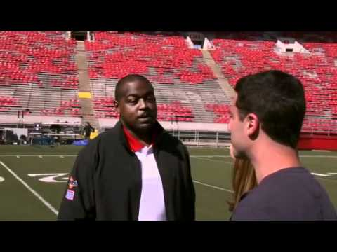 Tailgate 48: Striking the Heisman Pose with Ron Dayne