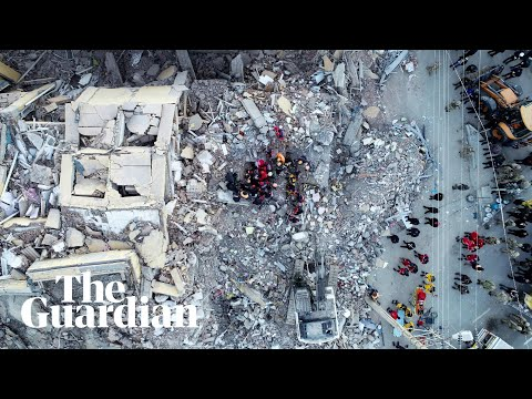People rescued from rubble after Turkey earthquake