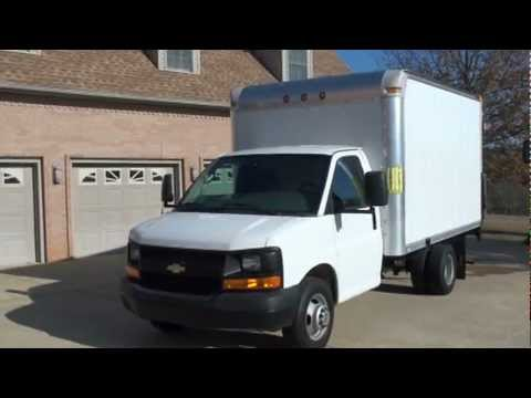 2008 CHEVROLET 3500 BOX VAN TOMMY LIFT GATE HITOP CARGO