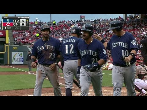 SEA@CIN: Gutierrez launches a three-run homer