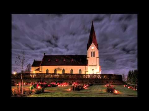 Stille Nacht, heilige Nacht (mit Untertiteln zum Mitsingen)