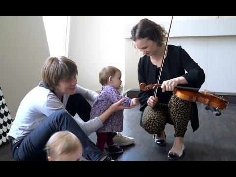 Hilary Hahn donne un concert pour les nouveau-nés