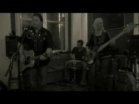 "THE FALLEN STARS ""Outlaws & Angels"" @ Globe Bookstore (Prague, Czech Republic) 25-9-2012"