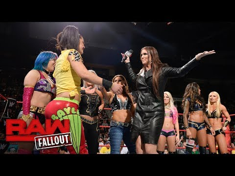 Emotions run high after first-ever Women's Royal Rumble Match announced: Raw Fallout, Dec. 18, 2017