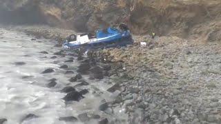 Al menos 51 muertos por la caída de un autobús en Perú