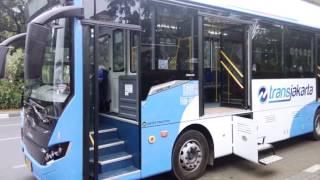 "Download Video Ahok Beli Bus Baru TransJakarta Bergaya Jadul ""Om Telolet Om"" MP3 3GP MP4"