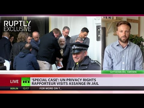 'Assange detained for no other reason but being a journalist' – Julian's friend to RT