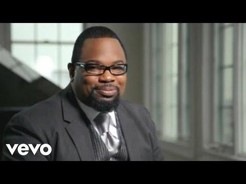 Hezekiah Walker, The Love Fellowship Choir - God Favored Me