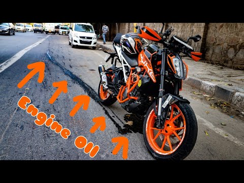 KTM duke  Engine Oil Leak in Middle of Road!!