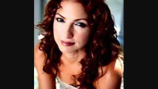 Gloria Estefan~ Conga FULL HQ
