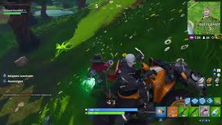 Fortnite funny moment with glider