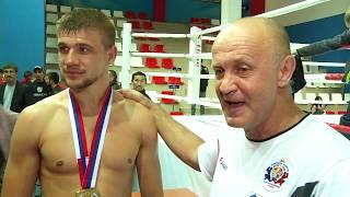 Омский боец Антон Чижиков досрочно выиграл главный бой в международном турнире по Муай Тай