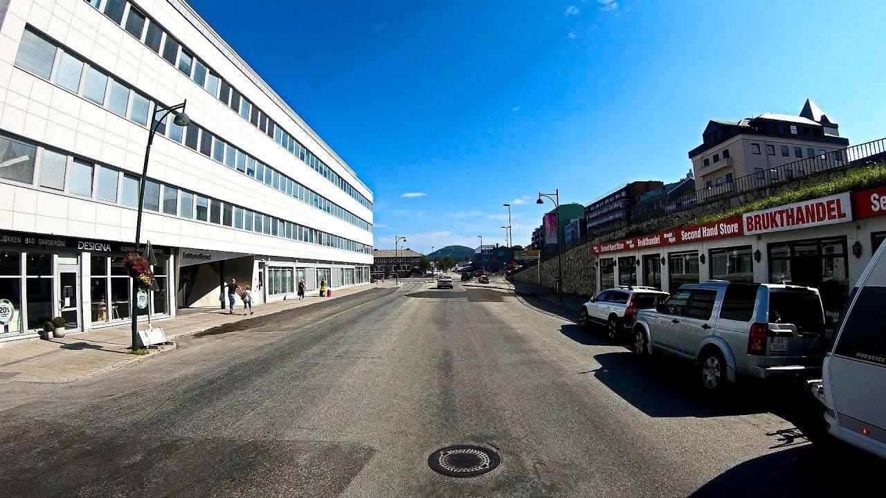 Beach trip to Auvika in Bodø