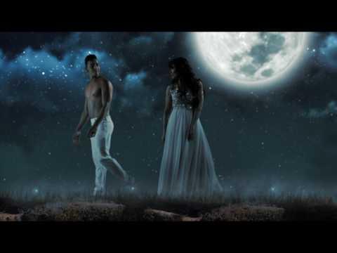 Flora Martínez - Los Aretes de la Luna - Video Clip Fantastico .En español