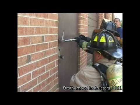 Forcible Entry Through The Lock Failure Youtube
