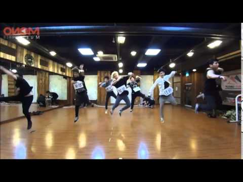 A.cian (에이션) - Ouch (Dance practice mirrored)